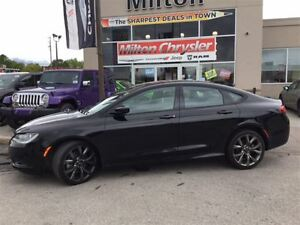 2016 Chrysler 200 S|LEATHER|NAVIGATION|PANORAMIC SUNROOF
