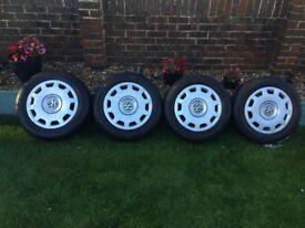 Vw steel wheels with wheel trims