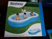 Bestway paddling pool un opend in box