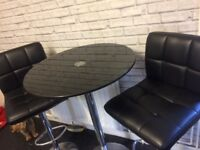 Bar table n stools