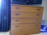 Set of 4 drawers.
