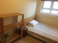 Monday to Friday ONLY-Double room to rent West Kensington - Monday to Friday ONLY