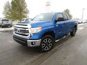 2016 Toyota Tundra SR 5.7L V8 TRD OFFROAD ONE OWNER TOYOTA CE...
