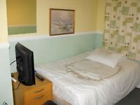 Quite and tidy double room - £90 / inclusive.