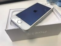 Apple iPhone 5s - 16GB - Silver Edition - Network Unlocked - ONLY £65 - Works Well!!!