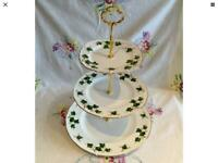 VINTAGE COLCLOUGH IVY LARGE 3 TIER BONE CHINA CHRISTMAS CAKE STAND
