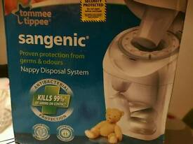 New Tommee Tippee Sangenic Nappy Disposal System