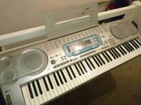 Casio WK-3000 Full size, 76 keys, Keyboard with stand, Excellent condition. Hardly used!