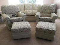 5 Piece suite in superb condition
