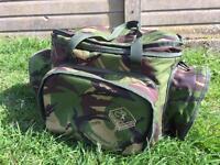 Cotswold Aquarius camo 3 pocket camo cool bag