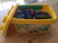 Box of Duplo/lego