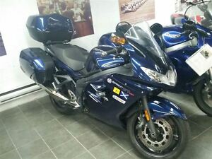2011 Triumph Sprint Touring -