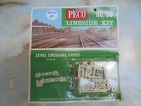 MINI LOT 66 Model Railway Hornby & Peco Track accessories OO gauge