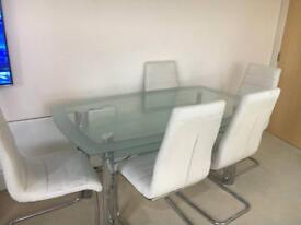 Glass table & 6 chairs