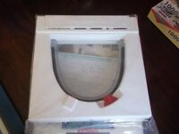 "Cat Flap for Thin or Glass Doors up to 1/4"" Never Used Battery Powered"
