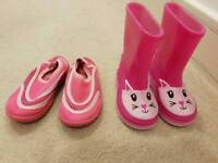 Baby girl shoes - size 4 and 5
