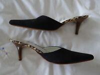 Black kitten heel suede mule. Size 40, barely worn.