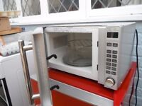 Microwave with grill by Russell Hobbs