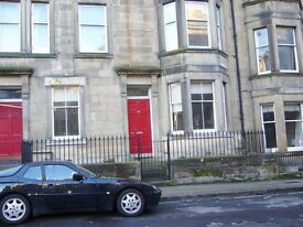 2 bedroom Part furnished main door flat to rent on Comiston Terrace,Morningside,Edinburgh
