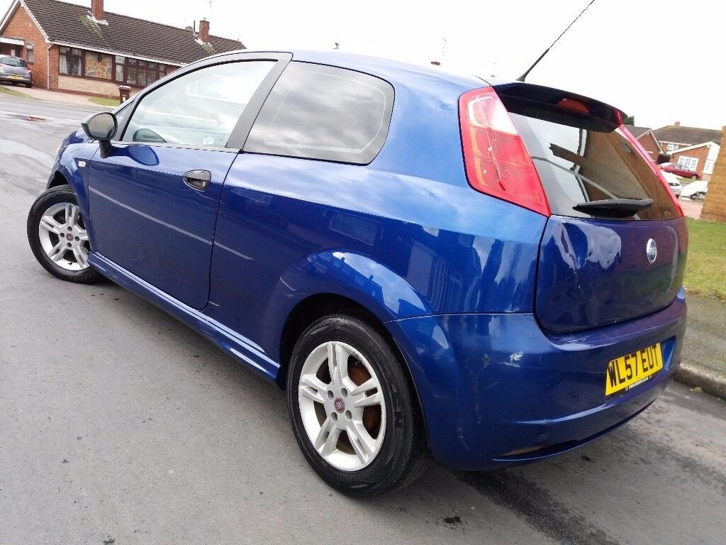 fiat grande punto 1 2 active sport 2008 model hpi clear long mot electro blue in willenhall. Black Bedroom Furniture Sets. Home Design Ideas