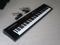 Roland RD-300SX Keyboard, with stand and carry-bag