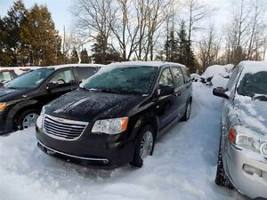 2014 Chrysler Town & Country TOURING 30TH ANNIVER