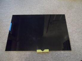 New Black glass splashback. 900 x 600 mm