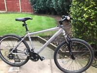adults diamondback outlook mountain bike