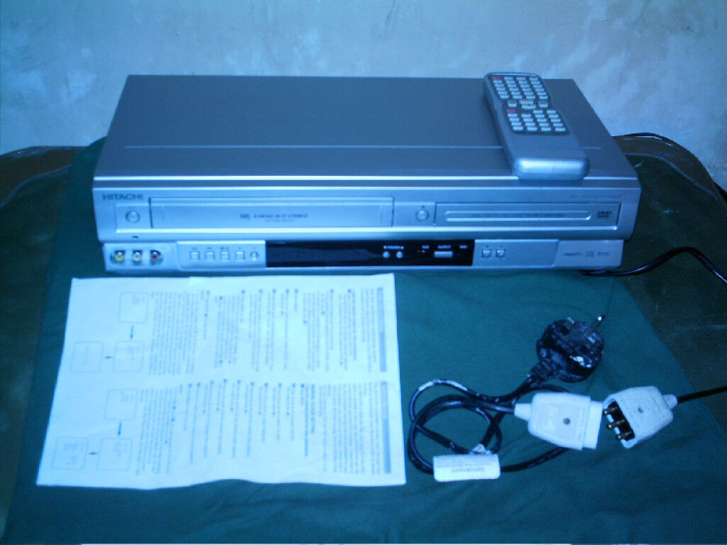 Hitachi DV-PF4E DVD Player VHS VCR Video recorder player | in Hall ...