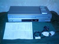 Hitachi DV-PF4E DVD Player VHS VCR Video recorder player