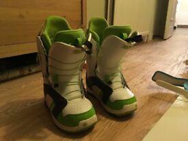 Women's snowboard, bindings and size 5 Burton boots