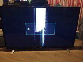Luxor 49 inch 4K smart tv damaged