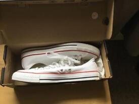 Men's White Converse Size 9 £20 or nearest offer