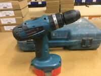 Makita 18volt hammer drill 2 batteries & charger