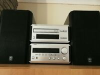 Yamaha Natural Sound RX-E100 Stereo Receiver & CDX-E100 Compact Disc Player Music System CD Player