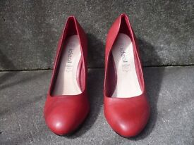 Ladies red heels for sale - brand new