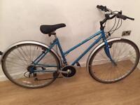 Raleigh Pioneer prestige hybrid bike