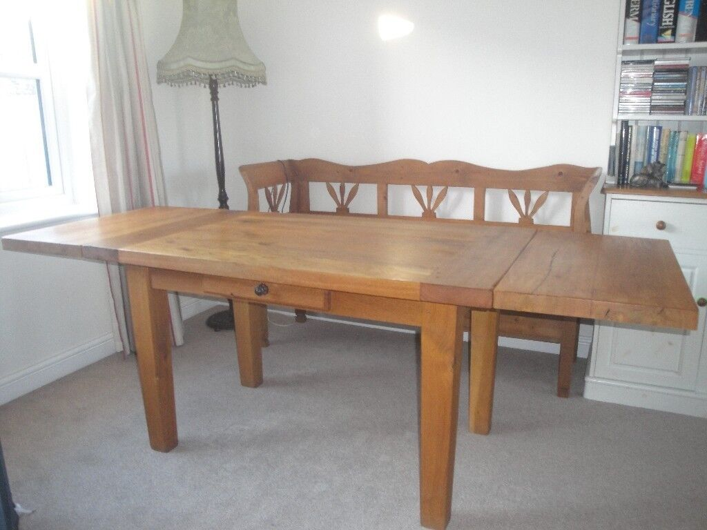 ANTIX SOLID OAK DINING TABLE WITH EXTENSION LEAVES