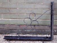 Wrought Iron Pub/Shop Sign Bracket