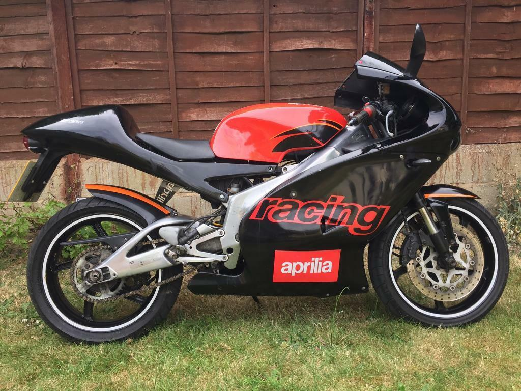aprilia rs 125 racing fast bike good clean condition mot hpi clear great in cheshunt. Black Bedroom Furniture Sets. Home Design Ideas