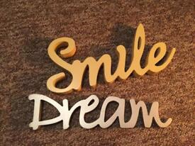 Wooden dream and smile decorations