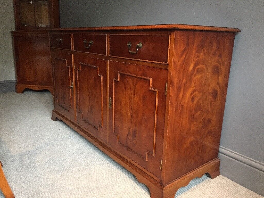 Yew sideboard excellent condition Brough area