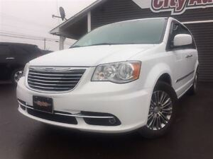 2014 Chrysler Town & Country Touring Heated Leather, Dual DVD Sy
