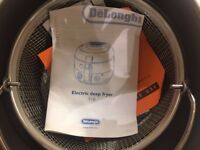Electric Deep Fryer - Delonghi F18 - Brand New, Unused
