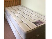 Single bed with 2 draws very good condition can deliver