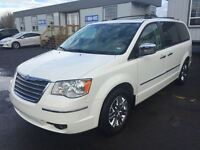 2010 Chrysler Town & Country Limited CUIR DVD TOIT ** STOW N GO