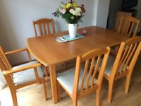 Veneer Pine Light Extendable Dining Set Dining Table And Cream Fabric Chairs