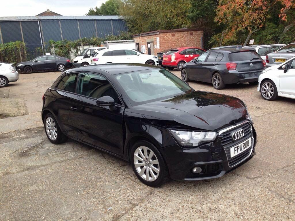 2011 11 audi a1 sport 1 4 tfsi 3 door black light damaged salvage repairable in walthamstow. Black Bedroom Furniture Sets. Home Design Ideas