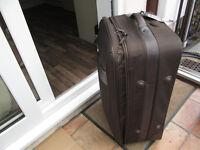 Fiore Herringbone Range suitcase - roller wheels pull-up handle