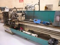 600 DALIAN MODEL 560 X 2000 GAP BED CENTRE LATHE DRO YEAR 2007